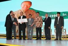 Ciputra Raih Lifetime Achievement Award 2015